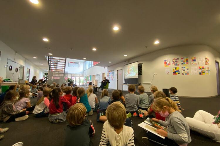Deutsche Schule Toulouse: Ritter Rost, Beitragsbild