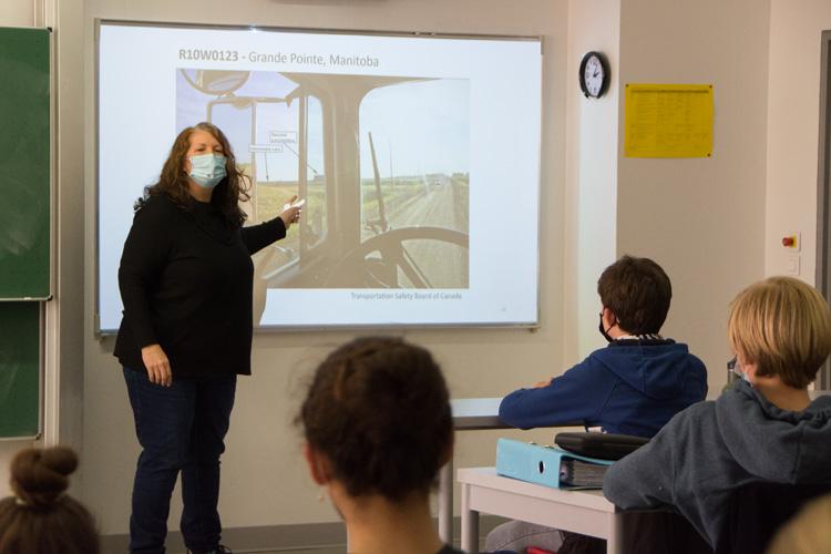 Deutsche Schule Toulouse, Berufsberatung Ergonomie Fotograf: Nicole Knüppel