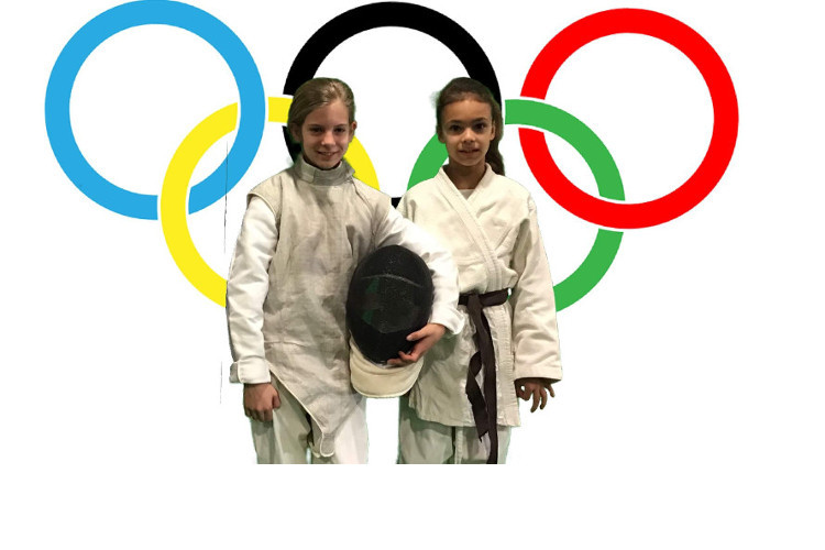 Deutsche Schule Toulouse: Fasching 2020 Sportlerinnen Fotograf: Beate Messner