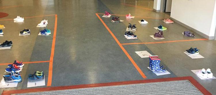 Deutsche Schule Toulouse, Kindergarten Schuhe Coronamaßnahmen