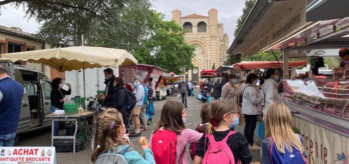 Deutsche Schule Toulouse: Marktbesuch Fotograf: Christina Claßen