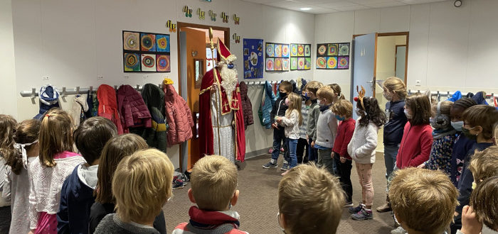 Deutsche Schule Toulouse: Nikolaus 2020 Titelbild Fotograf: Christina Classen