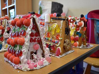 Lebkuchenhäuser zur Weihnachtszeit